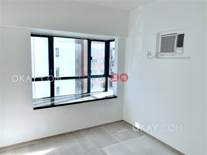 Lovely 3 bedroom with harbour views | For Sale | Prosperous Height 嘉富臺 Sales Listings