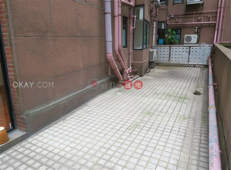 HK$ 49,000/ month, 62B Robinson Road, Western District, Nicely kept 3 bedroom with terrace | Rental