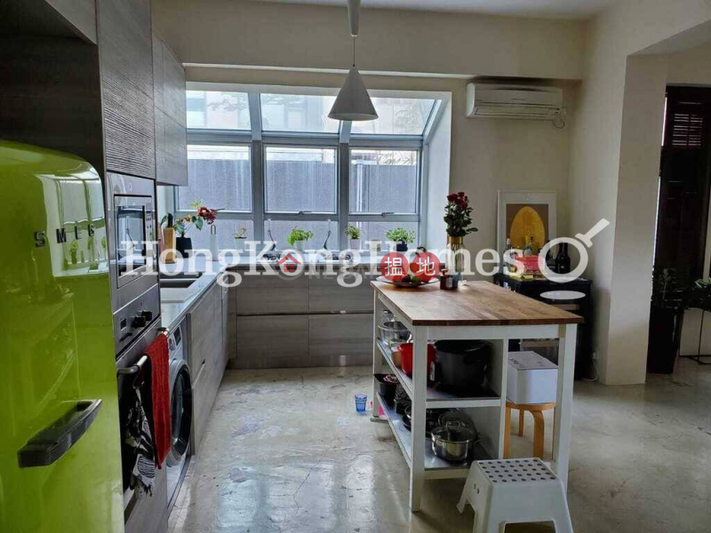 3 Bedroom Family Unit at Albany Court | For Sale | 51-53 Bisney Road | Western District, Hong Kong, Sales, HK$ 24.5M