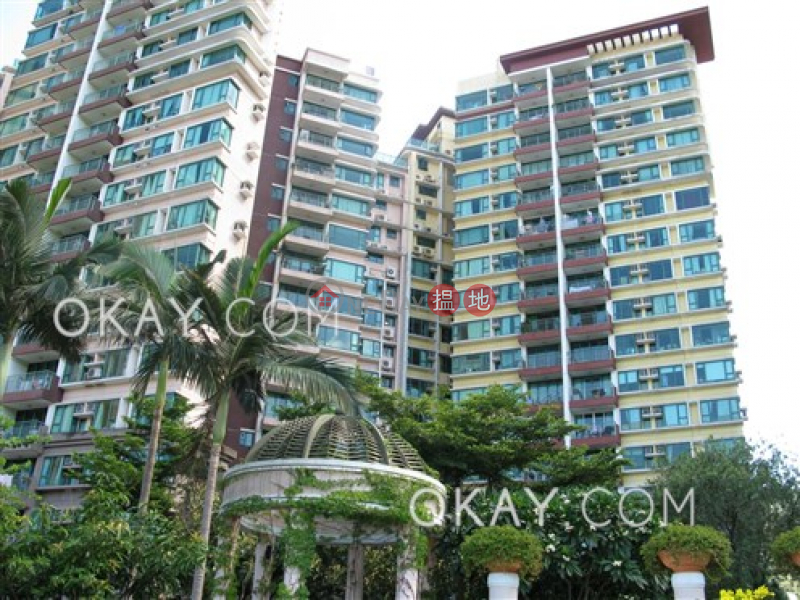 HK$ 26,500/ month, Discovery Bay, Phase 13 Chianti, The Barion (Block2) | Lantau Island | Unique 2 bedroom on high floor with sea views & balcony | Rental