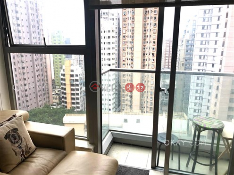 HK$ 20.5M | The Summa, Western District | Charming 2 bedroom with balcony | For Sale