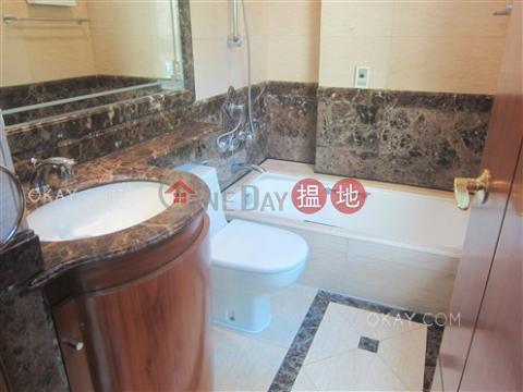 4房2廁,露台《肇輝臺8號出售單位》|肇輝臺8號(No 8 Shiu Fai Terrace)出售樓盤 (OKAY-S55808)_0