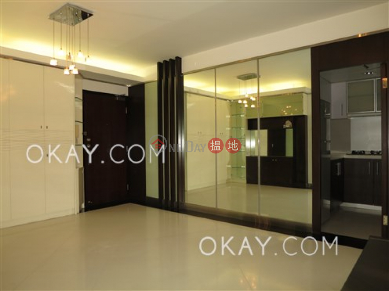 Nicely kept 2 bedroom on high floor | Rental 117 Caine Road | Central District, Hong Kong, Rental HK$ 38,000/ month