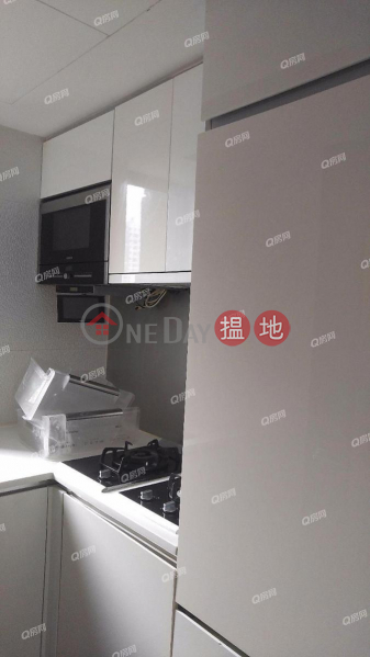 Property Search Hong Kong | OneDay | Residential, Sales Listings, Centre Point | 2 bedroom Mid Floor Flat for Sale