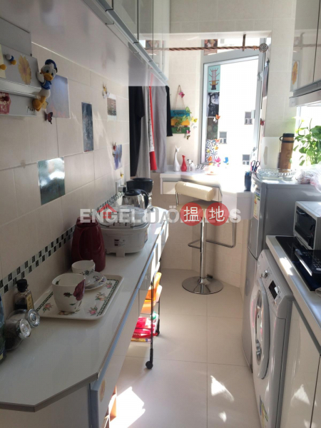 2 Bedroom Flat for Sale in Soho, Flora Court 富來閣 Sales Listings | Central District (EVHK100218)