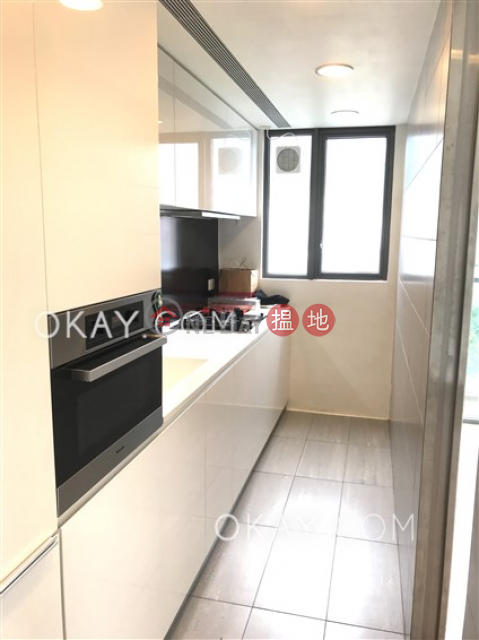Unique 3 bedroom with balcony | Rental|Wan Chai DistrictThe Oakhill(The Oakhill)Rental Listings (OKAY-R89513)_0