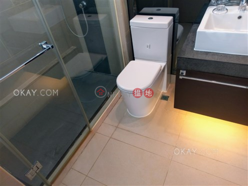 Nicely kept 2 bedroom on high floor with balcony | For Sale, 60 Johnston Road | Wan Chai District Hong Kong, Sales HK$ 13.7M