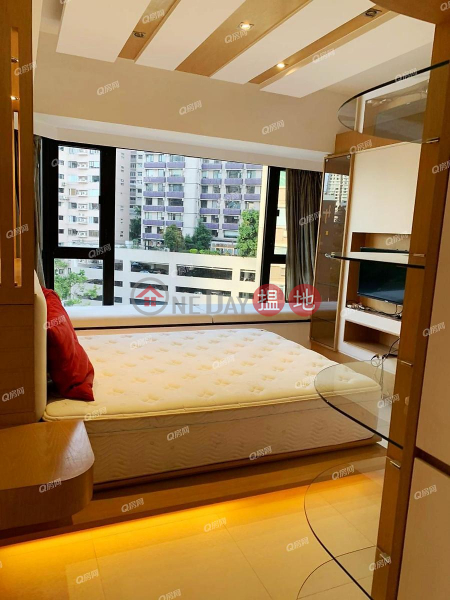 HK$ 46,000/ month, The Royal Court Central District   The Royal Court   2 bedroom Low Floor Flat for Rent