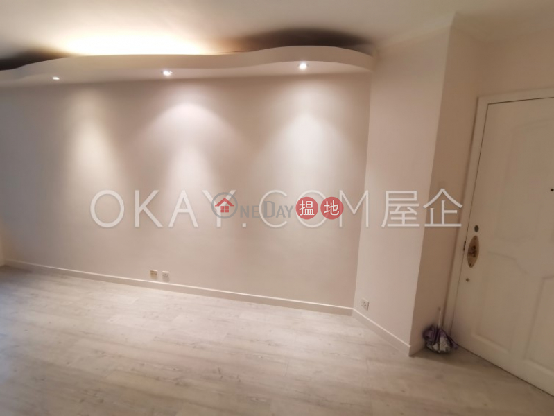 HK$ 27,000/ month, Euston Court, Western District, Practical 2 bedroom in Mid-levels West | Rental