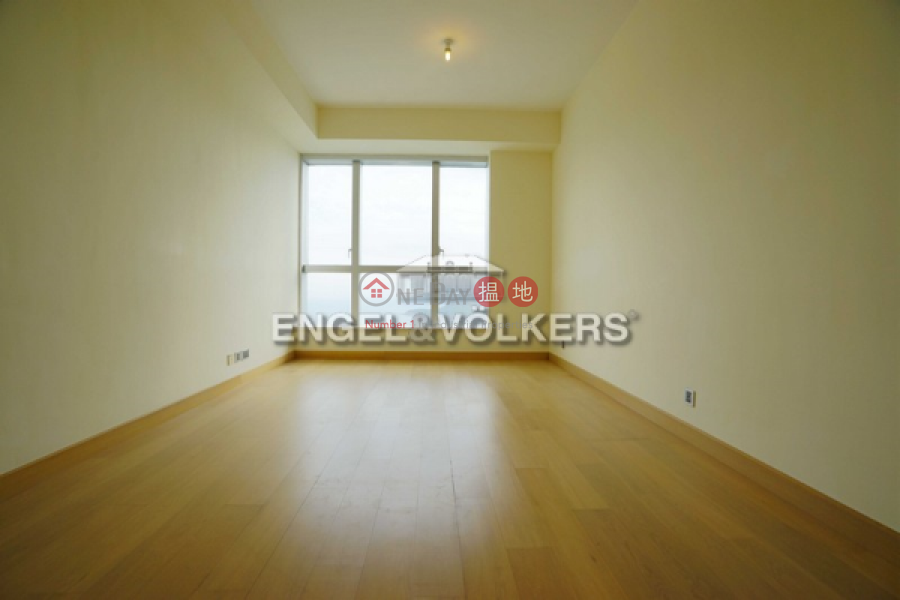 HK$ 40M | Marinella Tower 9, Southern District | 3 Bedroom Family Flat for Sale in Wong Chuk Hang