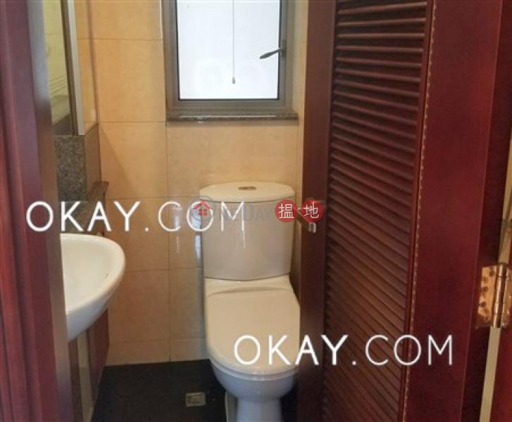 2房1廁,星級會所,可養寵物,露台《泓都出租單位》|泓都(The Merton)出租樓盤 (OKAY-R53719)