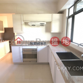 Efficient 3 bedroom with sea views, balcony | For Sale