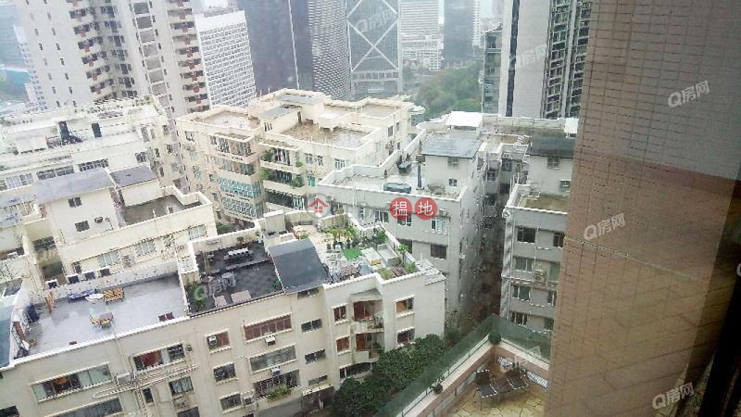 Fairlane Tower | 3 bedroom Low Floor Flat for Sale | 2 Bowen Road | Central District | Hong Kong, Sales HK$ 40M