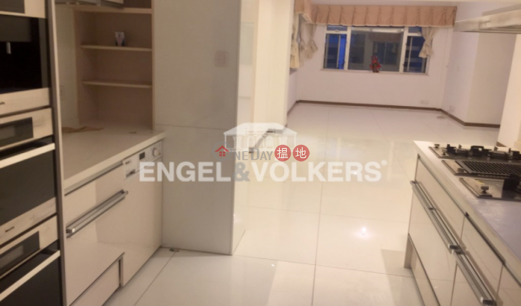 3 Bedroom Family Flat for Sale in Central Mid Levels, 64 MacDonnell Road | Central District, Hong Kong Sales | HK$ 30M