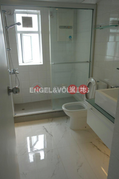 3 Bedroom Family Flat for Sale in Mid Levels West | Flourish Court 殷榮閣 Sales Listings