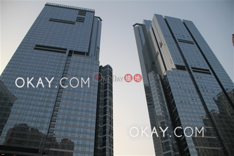 Unique 3 bedroom on high floor with sea views | Rental | The Cullinan Tower 21 Zone 2 (Luna Sky) 天璽21座2區(月鑽) Rental Listings