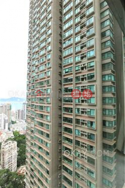 Charming 3 bedroom in Mid-levels West | Rental | Robinson Place 雍景臺 Rental Listings