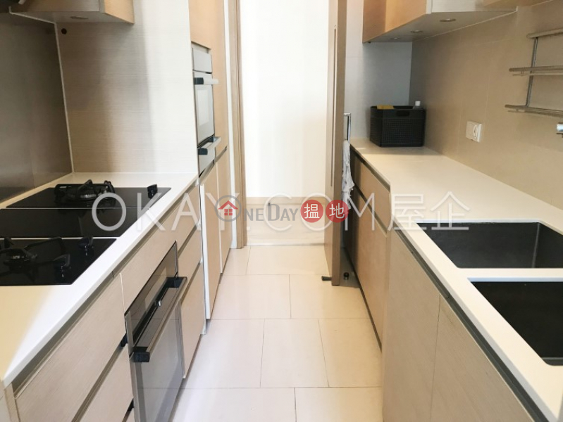 Stylish 3 bed on high floor with harbour views | Rental | SOHO 189 西浦 Rental Listings