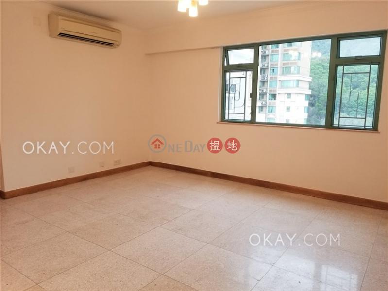 HK$ 29,000/ month MERLIN COURT | Kowloon City Cozy 2 bedroom on high floor with parking | Rental