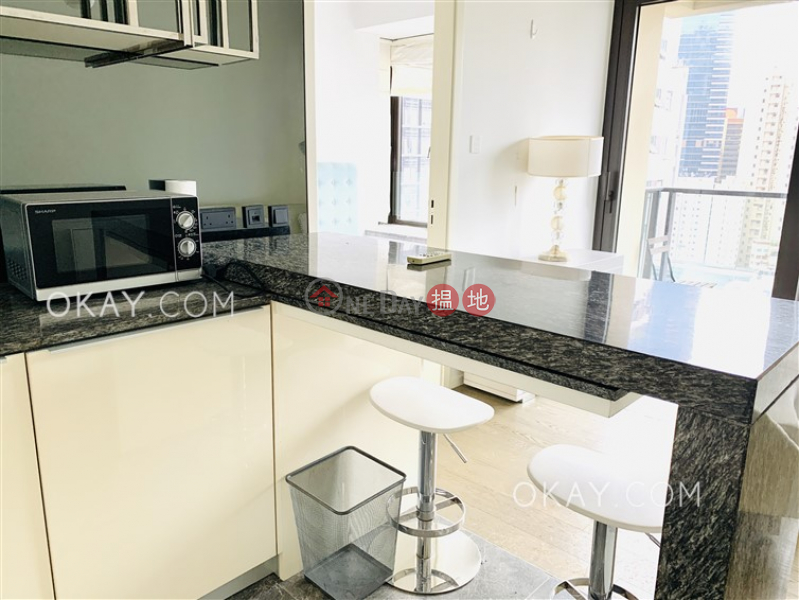 HK$ 27,000/ month, The Pierre, Central District, Luxurious 1 bedroom with balcony | Rental