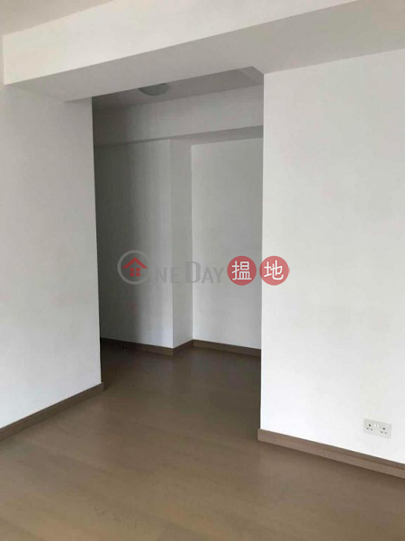 HK$ 155,000 Centre Point, Central District Flat for Sale in Centre Point, Soho