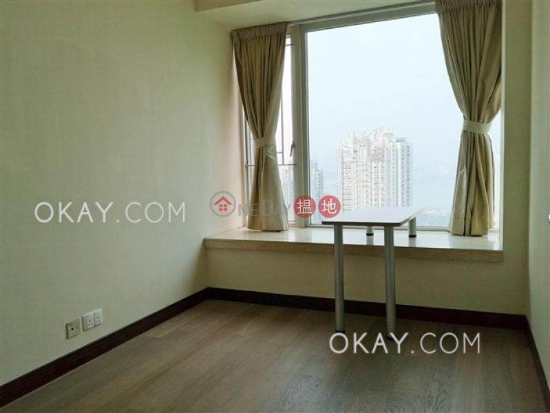Rare 4 bedroom on high floor with balcony & parking | Rental | The Legend Block 3-5 名門 3-5座 Rental Listings
