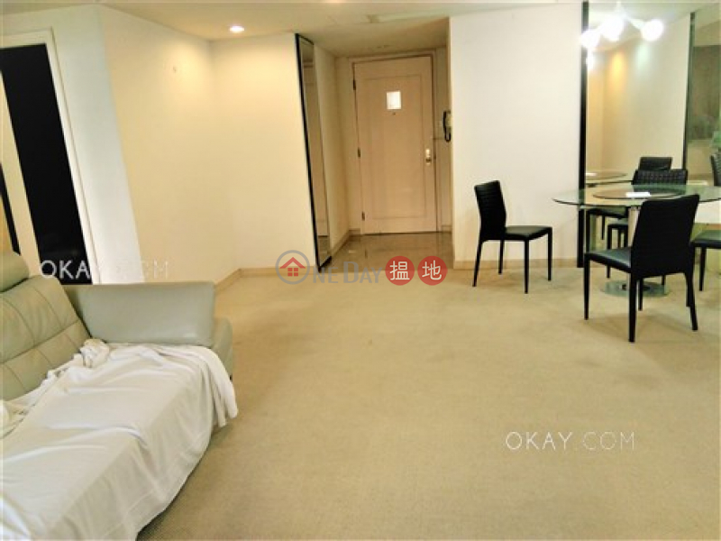 2房2廁,極高層,星級會所《會展中心會景閣出租單位》|會展中心會景閣(Convention Plaza Apartments)出租樓盤 (OKAY-R56529)