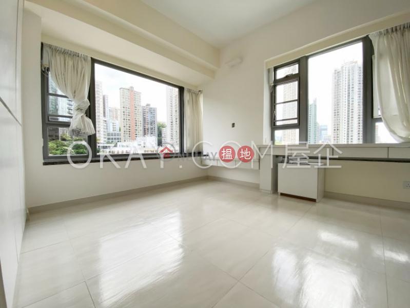 Gorgeous 2 bedroom with balcony & parking   Rental   Serenade 上林 Rental Listings