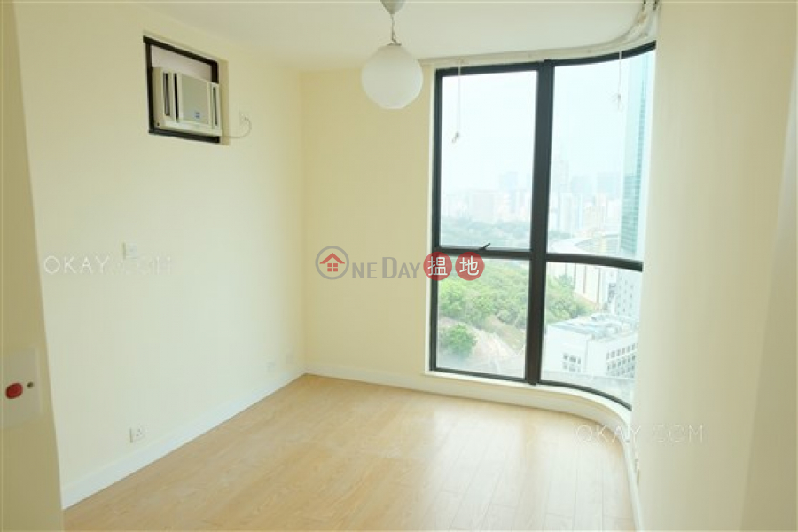 Nicely kept 3 bed on high floor with balcony & parking | For Sale | Village Garden 慧莉苑 Sales Listings