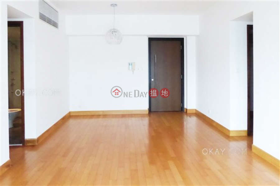 香港搵樓 租樓 二手盤 買樓  搵地   住宅 出租樓盤3房2廁,星級會所,連車位君臨天下2座出租單位