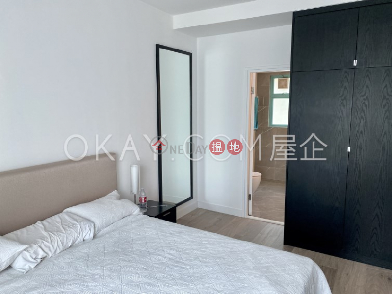 Popular 4 bedroom with balcony   For Sale   Discovery Bay, Phase 12 Siena Two, Block 16 愉景灣 12期 海澄湖畔二段 16座 Sales Listings