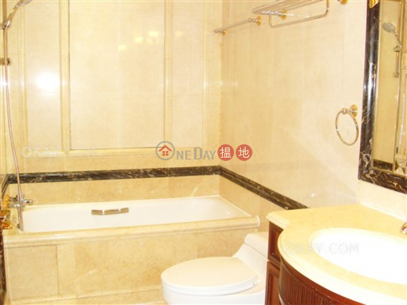 HK$ 122,000/ 月Branksome Crest|中區|3房2廁,極高層,星級會所,連車位《Branksome Crest出租單位》