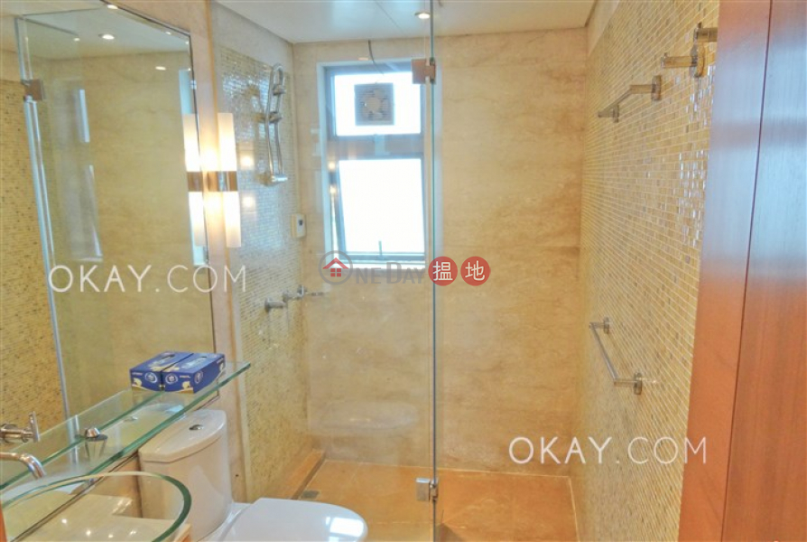 HK$ 73,500/ month Phase 2 South Tower Residence Bel-Air Southern District Unique 3 bedroom on high floor with balcony & parking | Rental