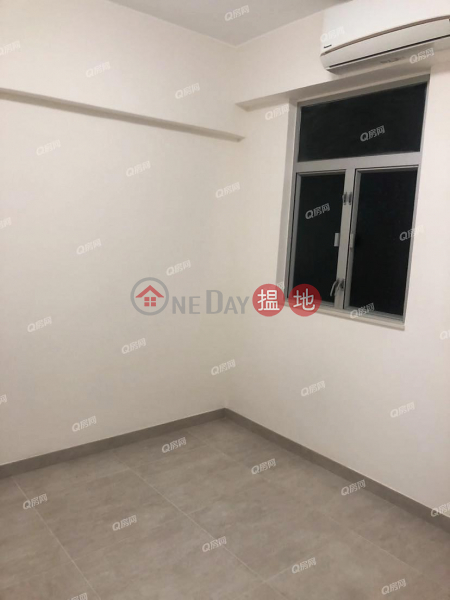 HK$ 20,000/ month King\'s House, Eastern District King\'s House | 2 bedroom Mid Floor Flat for Rent
