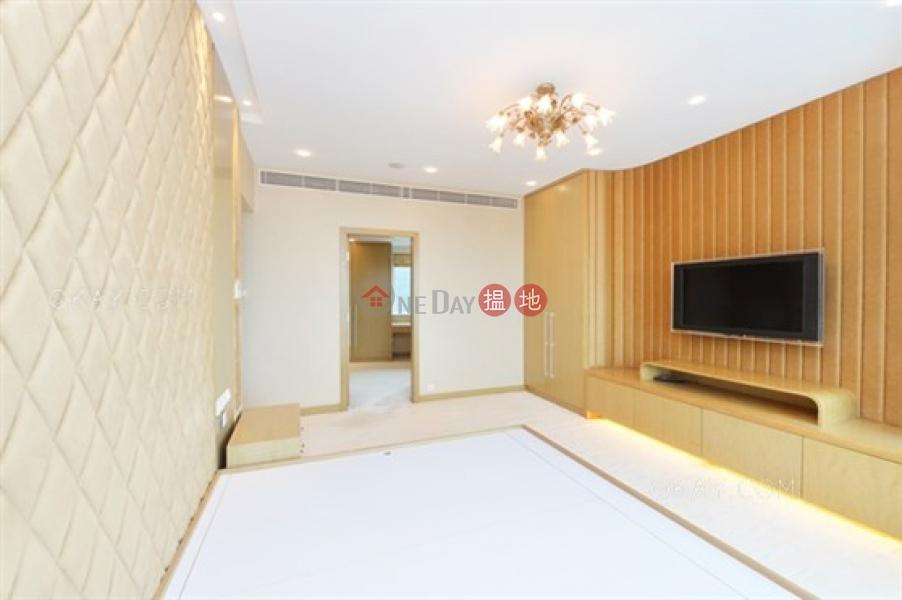 3房2廁,極高層,星級會所,連車位《曉廬出售單位》 曉廬(High Cliff)出售樓盤 (OKAY-S45252)