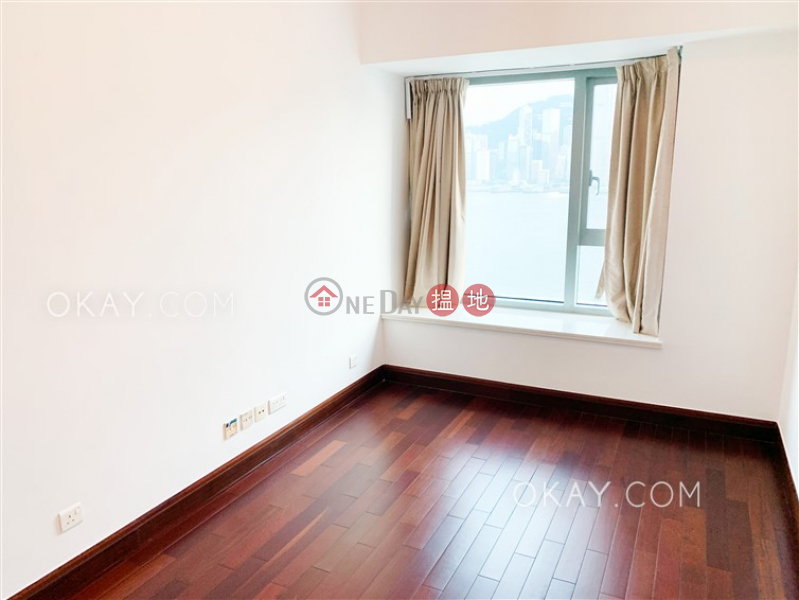 HK$ 44,000/ month The Harbourside Tower 3 | Yau Tsim Mong Lovely 2 bedroom with balcony | Rental