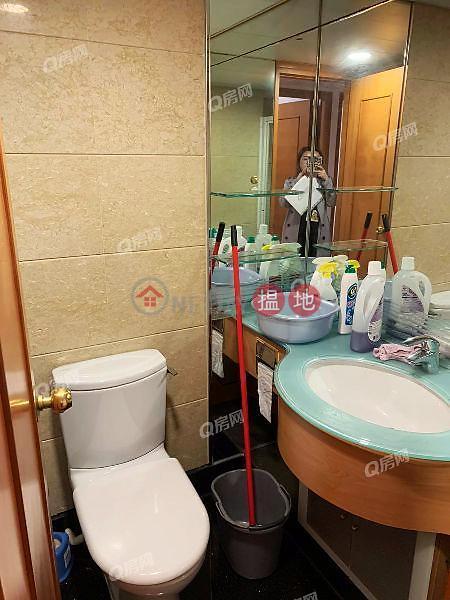 HK$ 30,000/ month Tower 5 Island Resort   Chai Wan District   Tower 5 Island Resort   3 bedroom High Floor Flat for Rent
