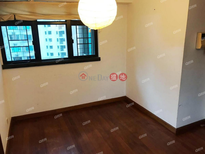 Property Search Hong Kong | OneDay | Residential | Rental Listings, Fairview Height | 3 bedroom High Floor Flat for Rent