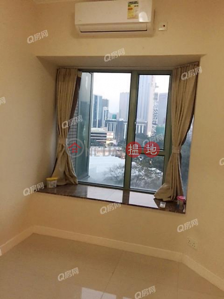The Victoria Towers | 3 bedroom Low Floor Flat for Sale | The Victoria Towers 港景峰 Sales Listings