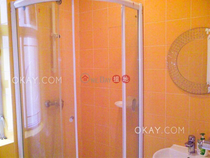 3房2廁,實用率高,連車位,露台《滿輝大廈出租單位》 滿輝大廈(Moon Fair Mansion)出租樓盤 (OKAY-R165971)
