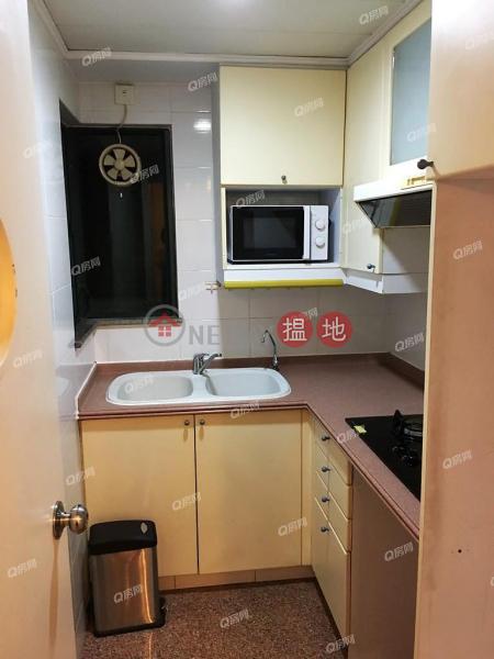 豪宅地段,豪宅名廈,即買即住《新都城 2期 6座買賣盤》 8欣景路   西貢 香港 出售 HK$ 710萬