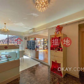Stylish 5 bedroom with balcony & parking | For Sale