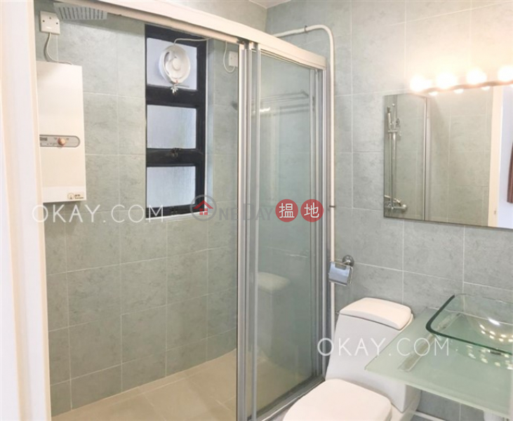 香港搵樓|租樓|二手盤|買樓| 搵地 | 住宅出租樓盤|2房2廁,可養寵物,連車位《駿豪閣出租單位》