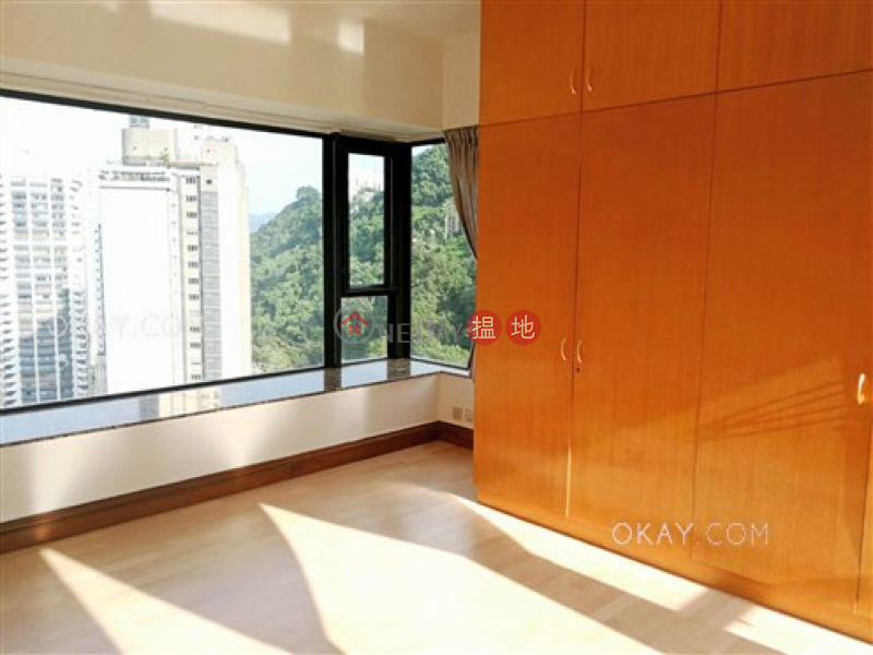 Rare 3 bedroom on high floor with parking | For Sale | Tavistock II 騰皇居 II Sales Listings