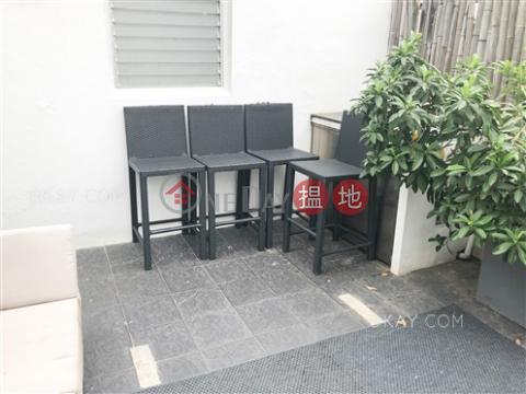 Practical studio on high floor with rooftop | For Sale|12 Tai Ping Shan Street(12 Tai Ping Shan Street)Sales Listings (OKAY-S5908)_0