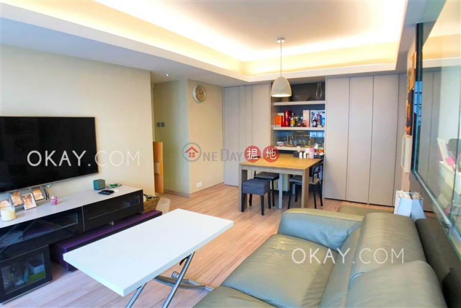 Property Search Hong Kong | OneDay | Residential, Sales Listings | Efficient 2 bedroom with balcony | For Sale