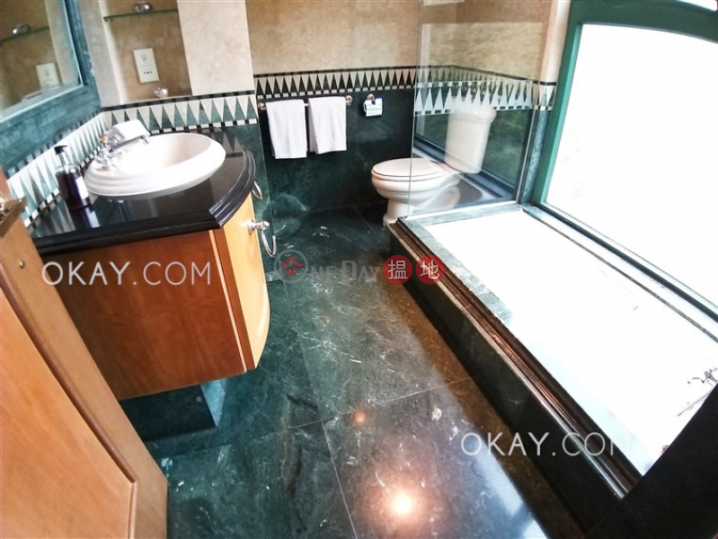 Beautiful 4 bedroom with sea views & parking | Rental 127 Repulse Bay Road | Southern District Hong Kong | Rental HK$ 128,000/ month