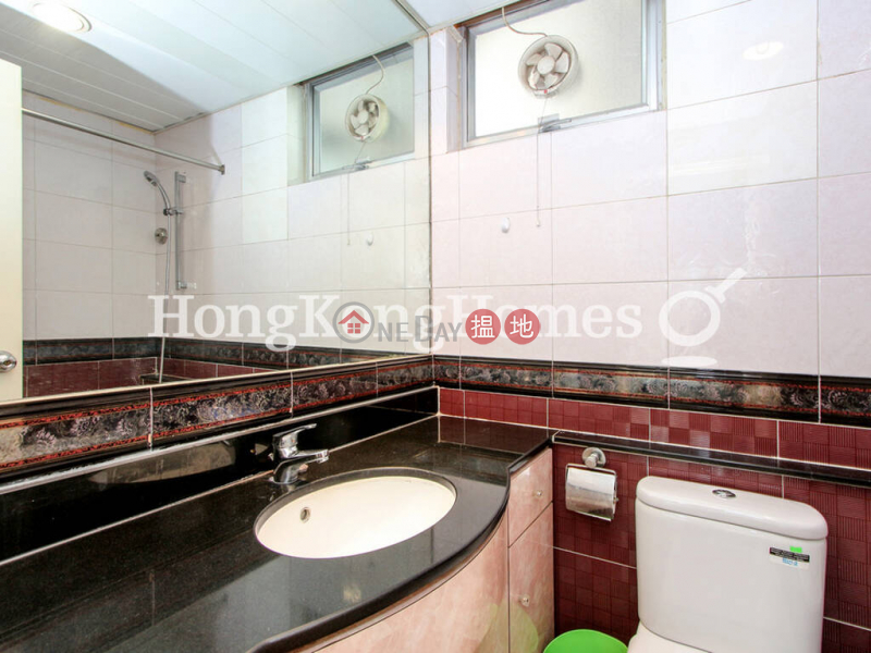 香港搵樓 租樓 二手盤 買樓  搵地   住宅 出售樓盤 廬山閣 (9座)兩房一廳單位出售