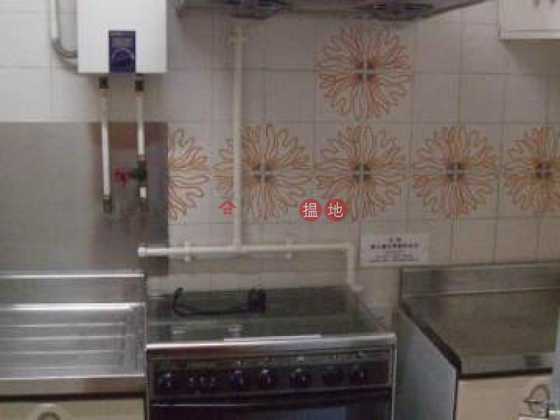 HK$ 28,000/ month   Pokfulam Gardens Western District   High Floor (3 Bedroom)
