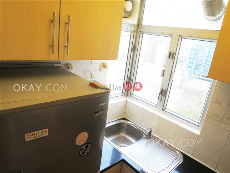 HK$ 920萬-新陞大樓-中區2房1廁《新陞大樓出售單位》